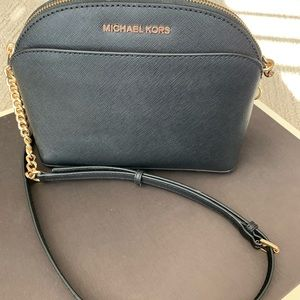 Michael Kors Medium Dome Crossbody